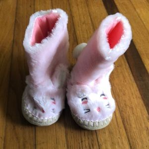 Carter's Bunny Boots size 7-8